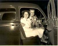 Mr Mrs Frank A Beacham Wedding Day in 1947Plymouth Cute Couple 2-6-1950